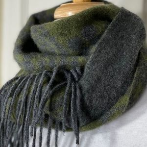 Cashmere? Green Gray Fringe Pattern Scarf